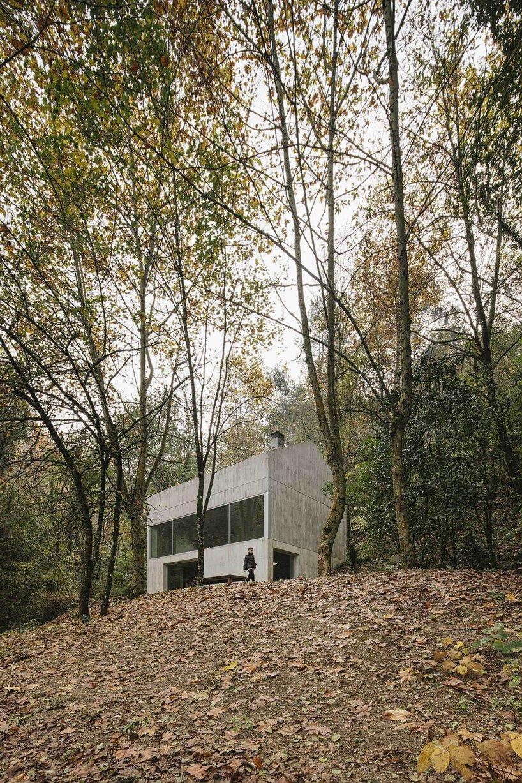 carvalho araújo casa na caniçada portugal designboom